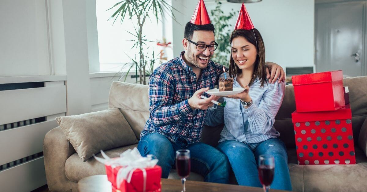What to Give My Husband for His 35th Birthday