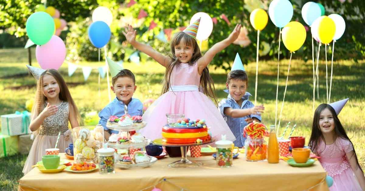 Organize a Picnic for a Children's Birthday